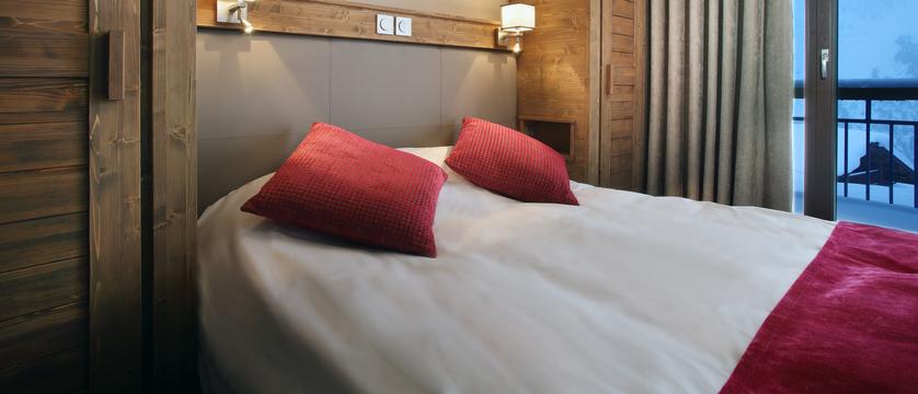France_Les-Arcs_La-Source-des-Arcs-apartments_bedroom2.jpg